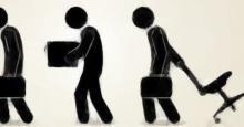 Dibujo de tres personas abandonando su trabajo